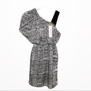 NWT BCBGeneration Slit Sleeve Dress w/ Pockets XXS